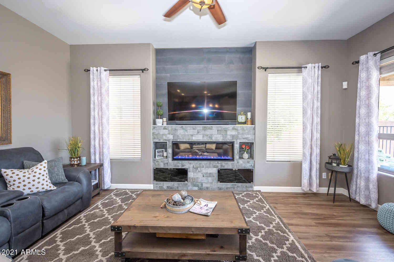4863 E LIBBY Street, Scottsdale, AZ, 85254,