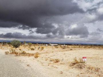 000 El Vogel Way #1B, Bouse, AZ, 85325,
