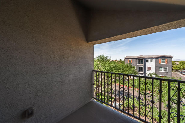5906 S 22ND Terrace