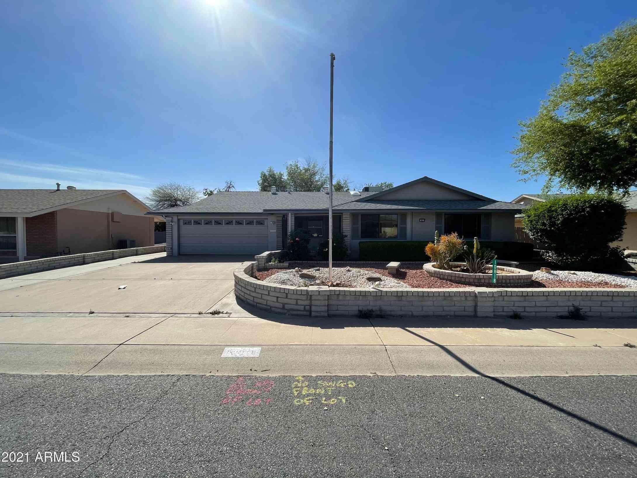 10818 W SARATOGA Circle, Sun City, AZ, 85351,