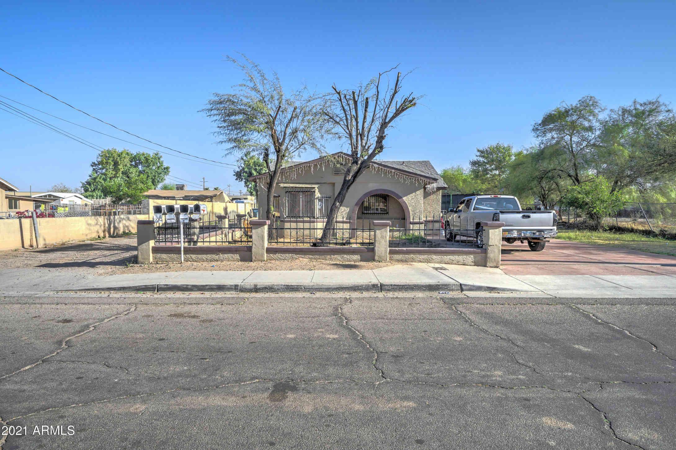 246 E ILLINI Street, Phoenix, AZ, 85040,