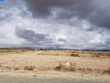 000 El Vogel Way #065, Bouse, AZ, 85325,