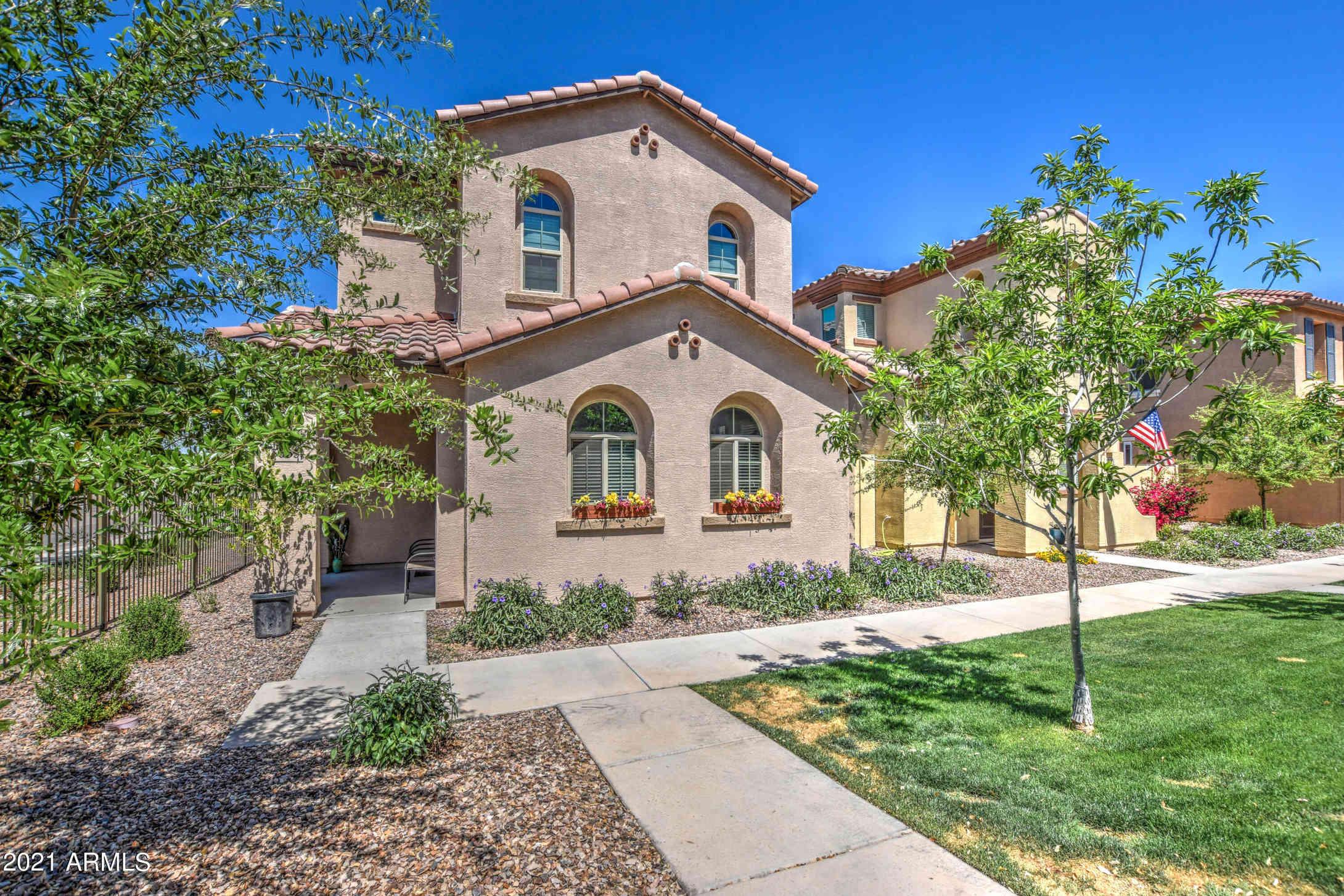 3653 E HONEYSUCKLE Drive, Chandler, AZ, 85286,