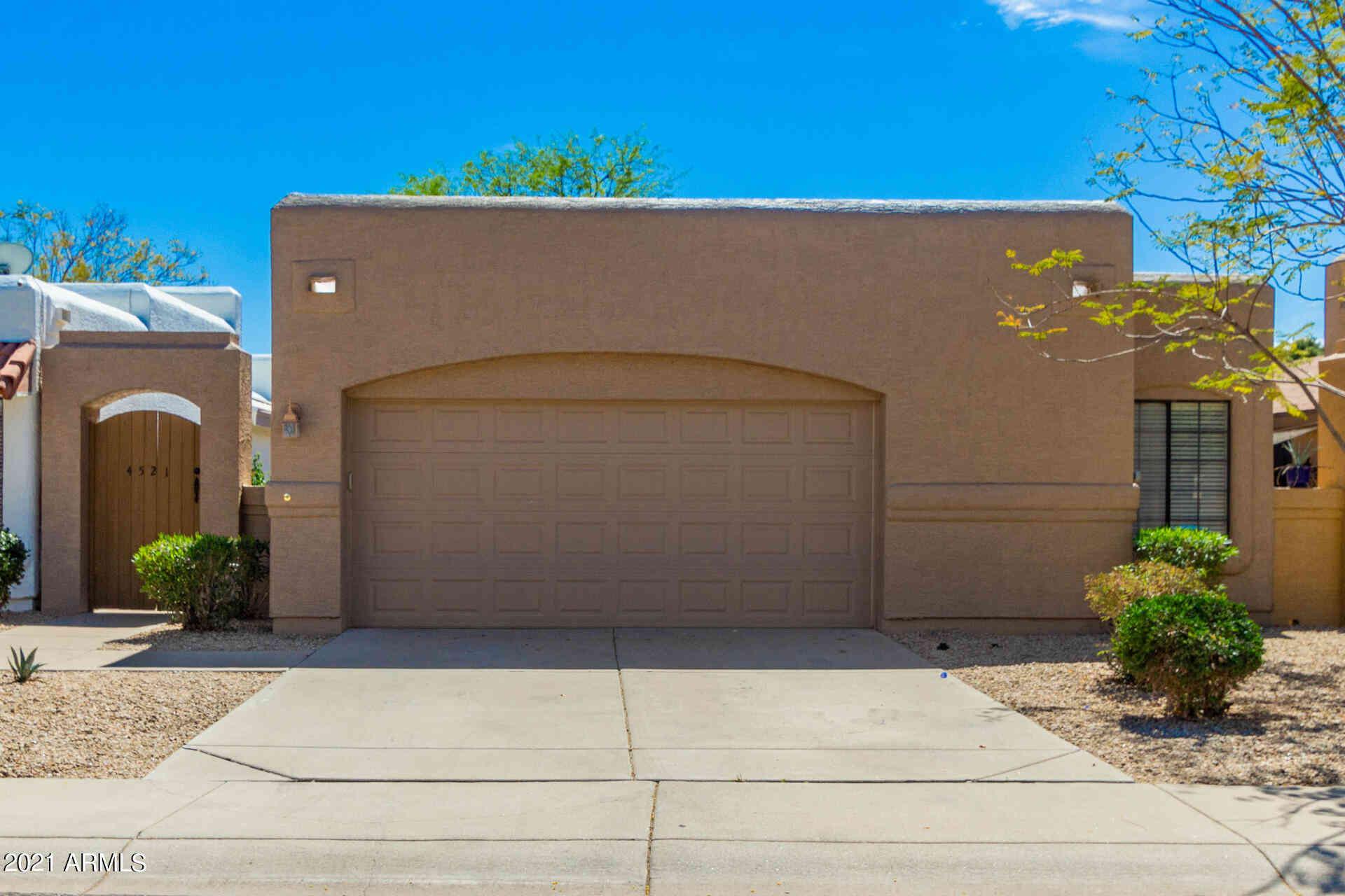 4521 E ROSEMONTE Drive, Phoenix, AZ, 85050,