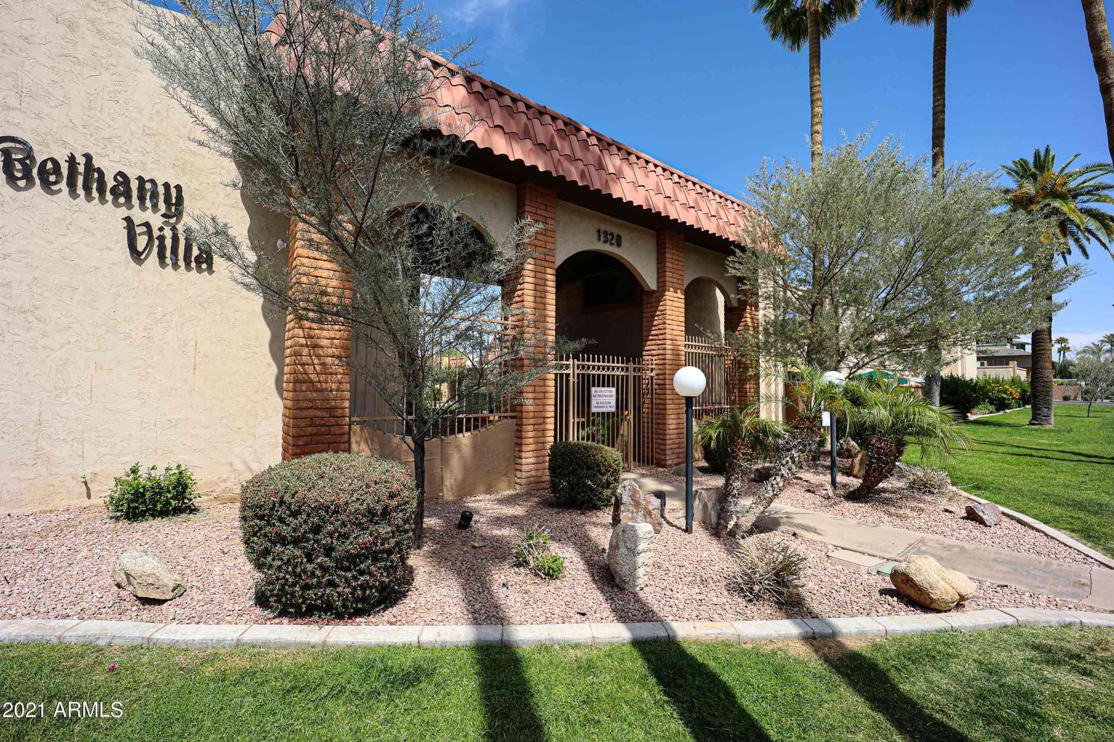 1320 E BETHANY HOME Road #43, Phoenix, AZ, 85014,