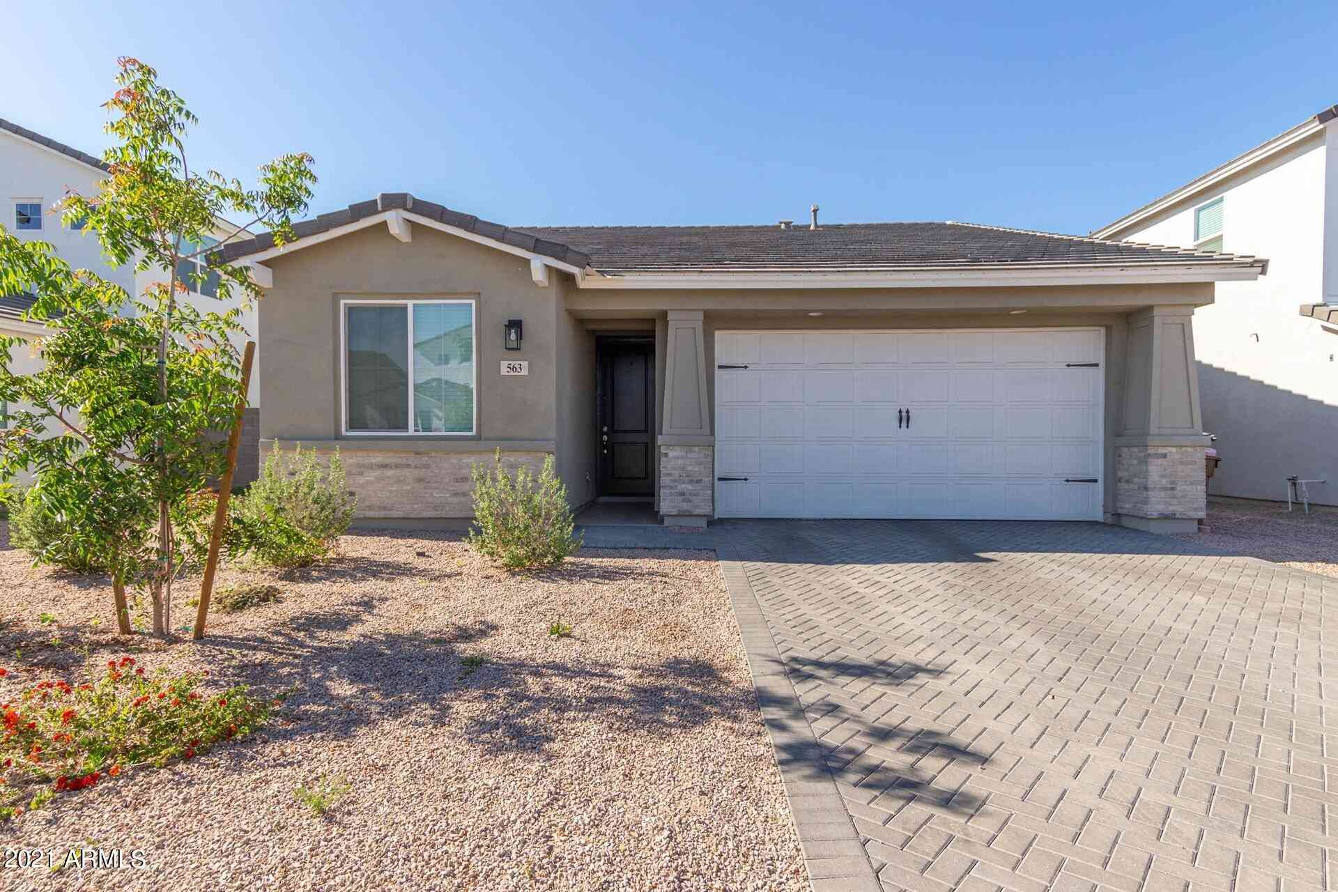 563 E Bamboo Lane, San Tan Valley, AZ, 85140,