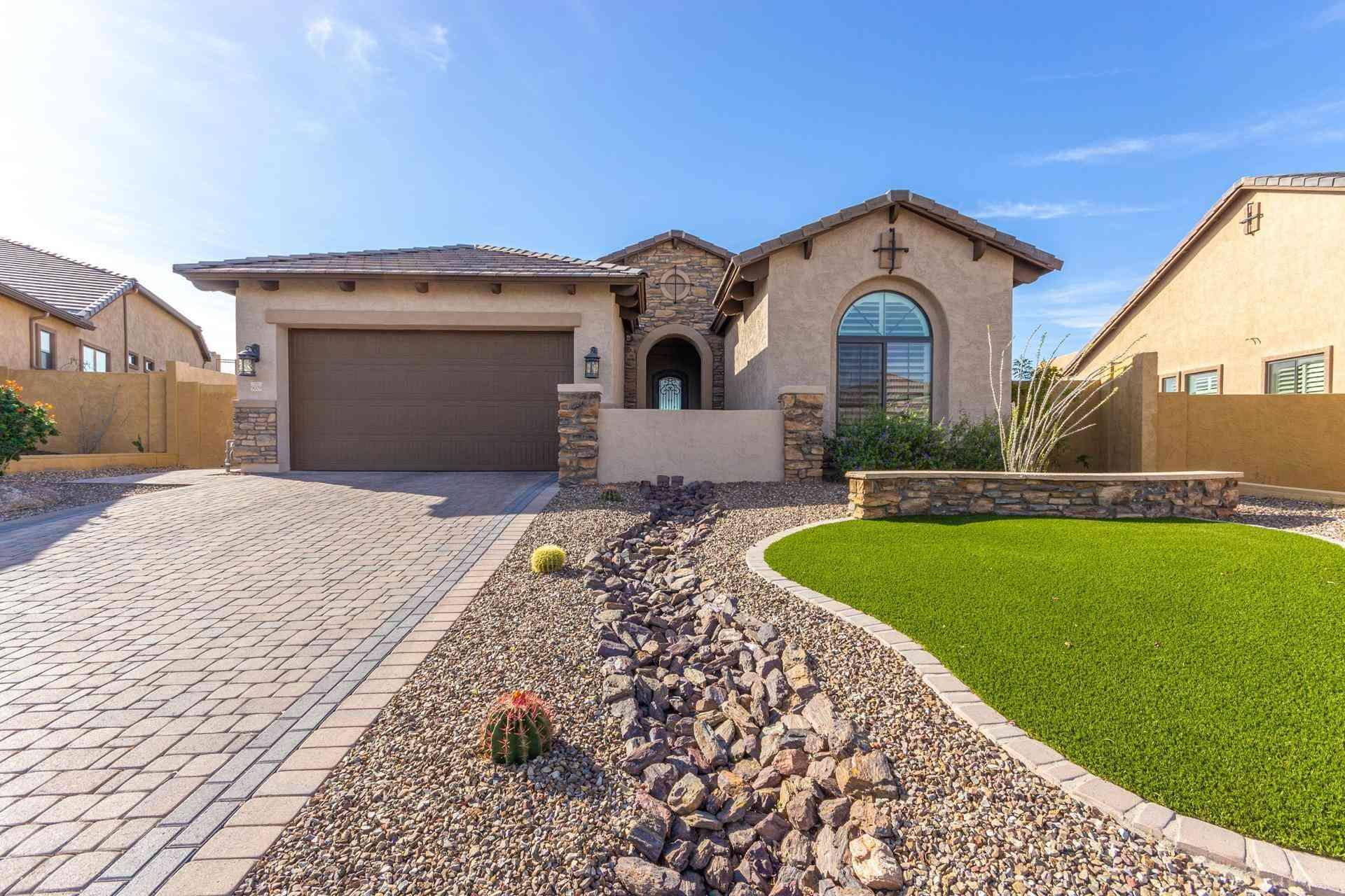 9009 E June Circle, Mesa, AZ, 85207,