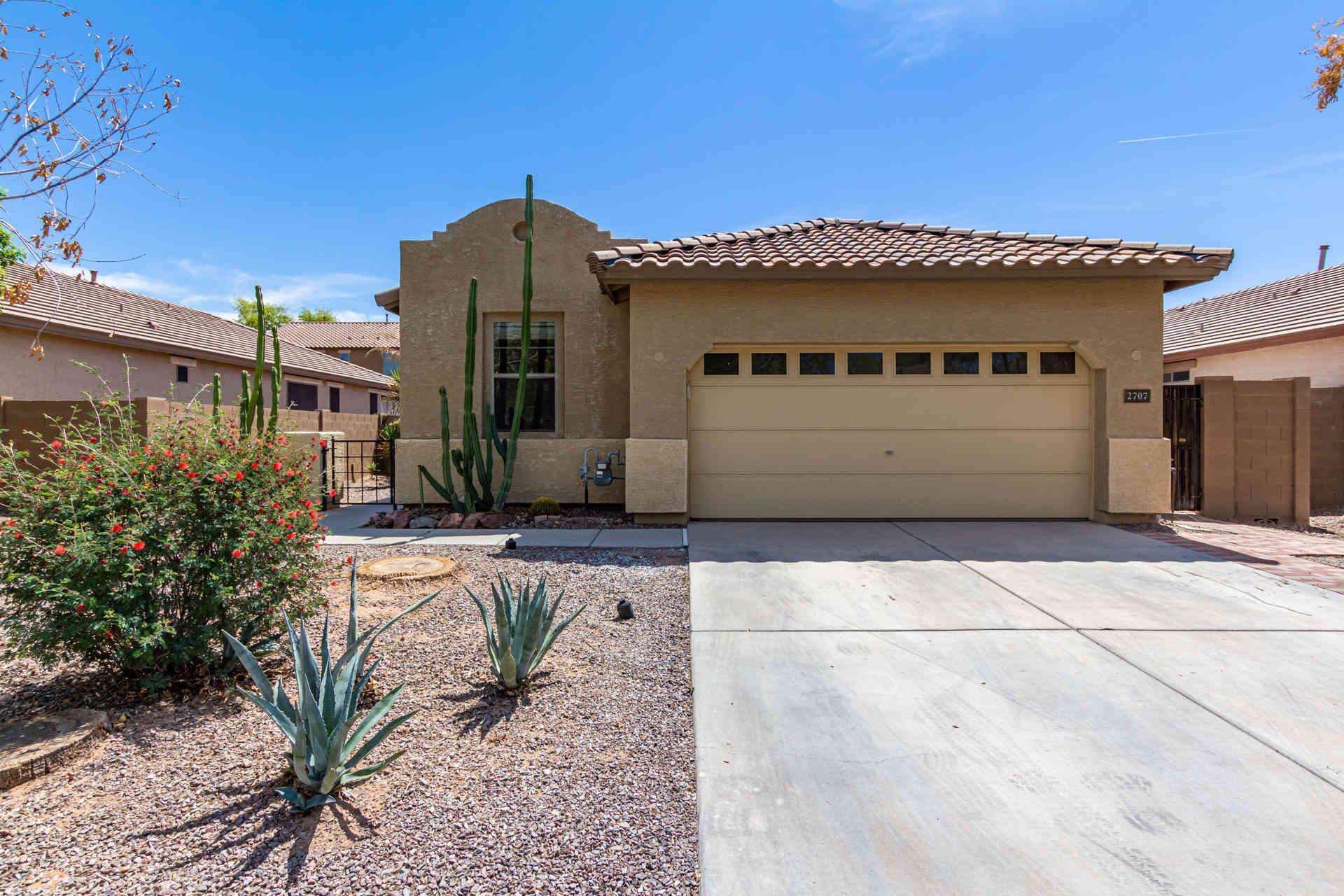 2707 E CANYON CREEK Drive, Gilbert, AZ, 85295,