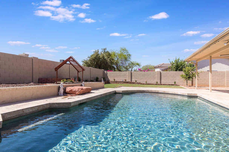 8513 W WINDROSE Drive, Peoria, AZ, 85381,