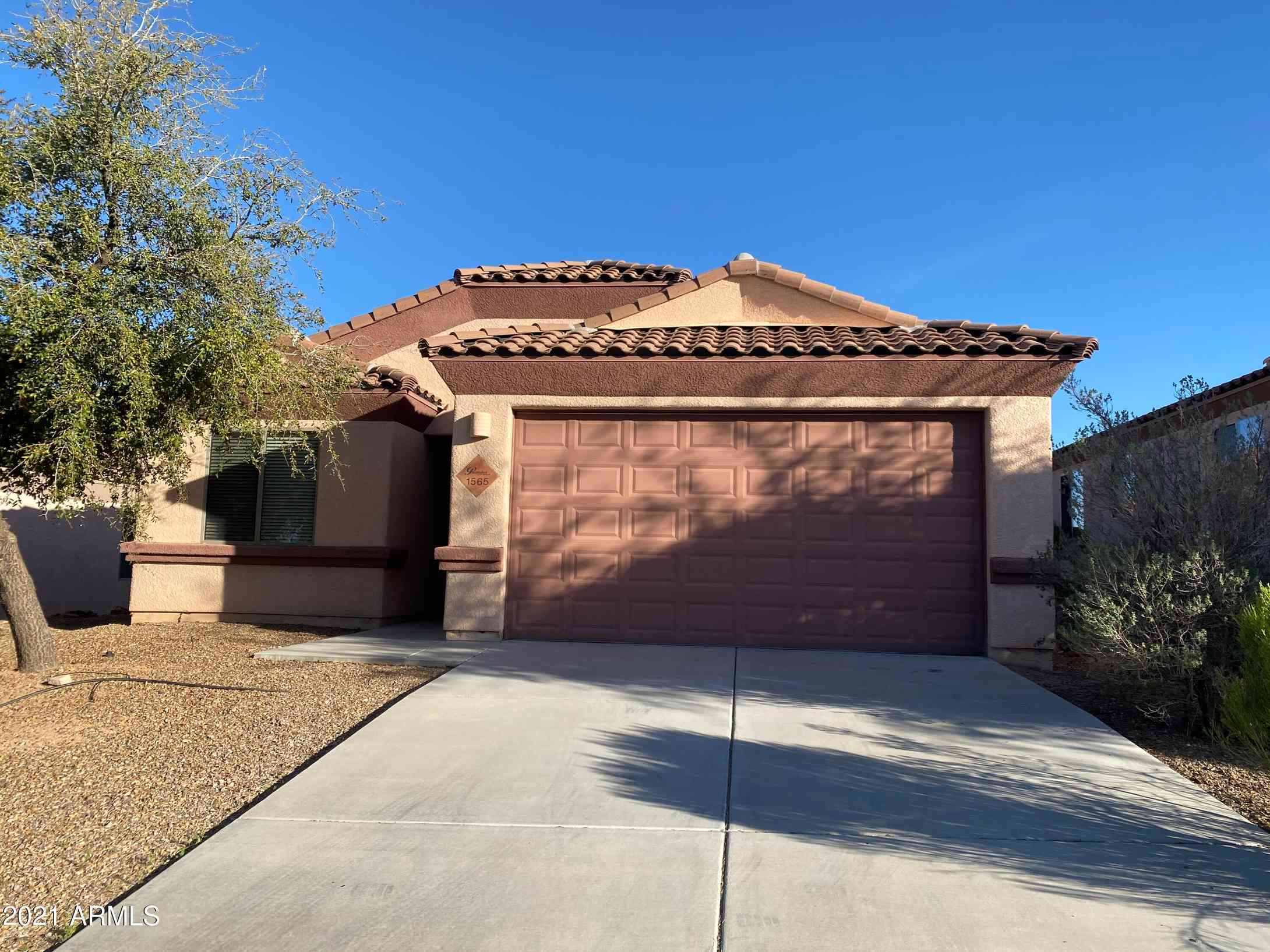 1565 COTTONWOOD BLUFFS Drive, Benson, AZ, 85602,