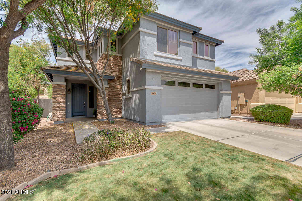 4498 E TRIGGER Way, Gilbert, AZ, 85297,