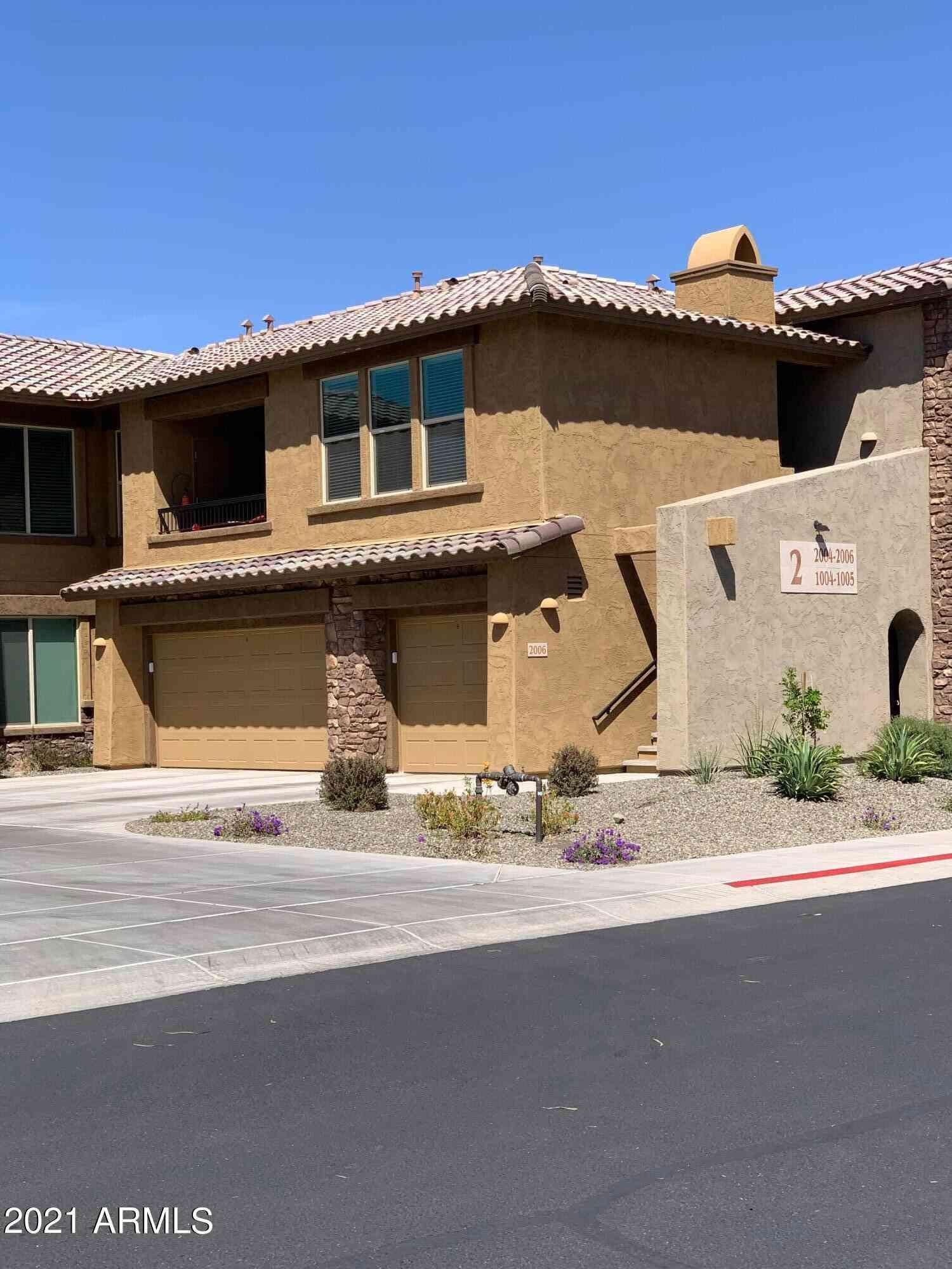 2425 W BRONCO BUTTE Trail #2006, Phoenix, AZ, 85085,