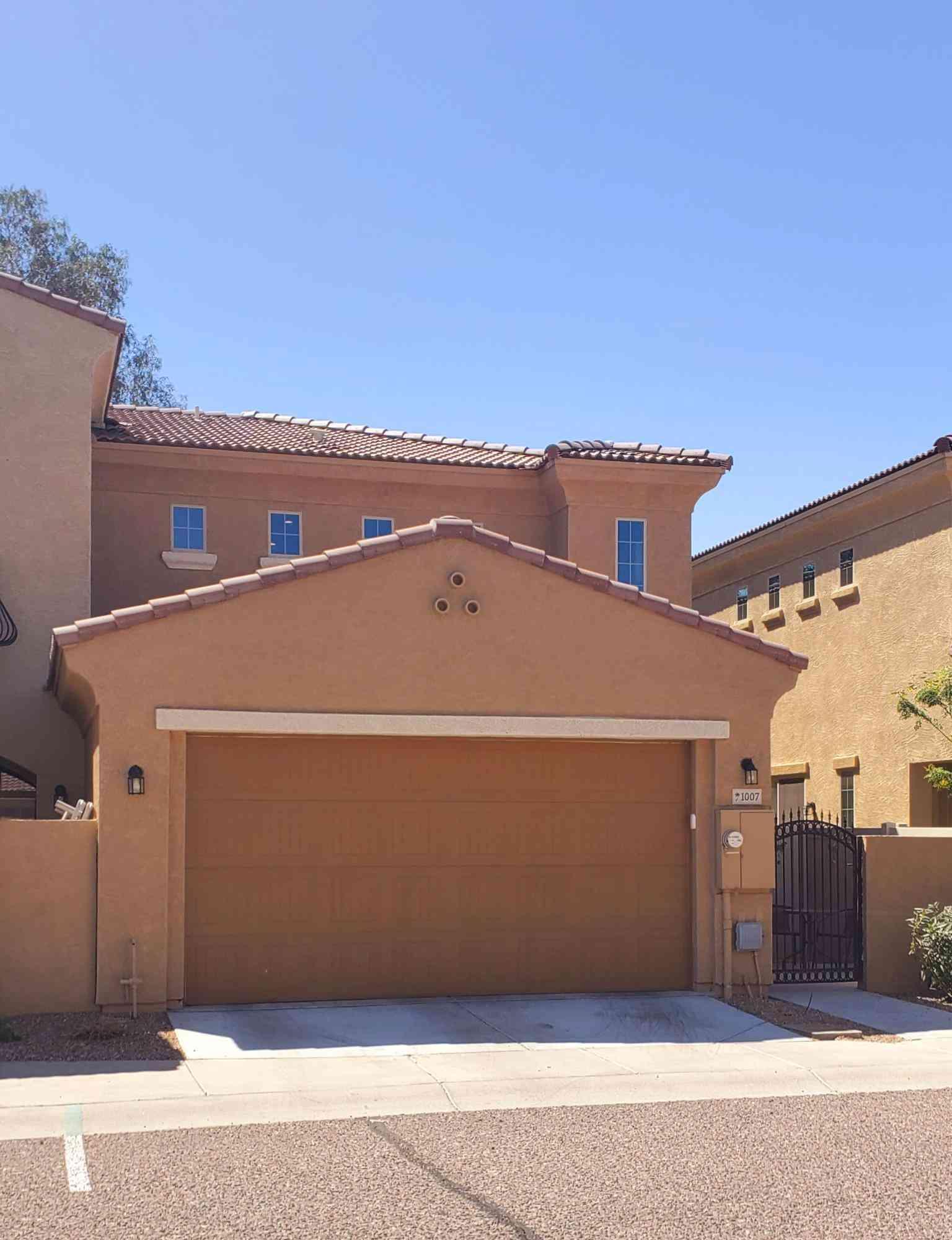 1367 S COUNTRY CLUB Drive #1007, Mesa, AZ, 85210,