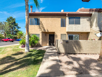 2040 S LONGMORE Street #10, Mesa, AZ, 85202,