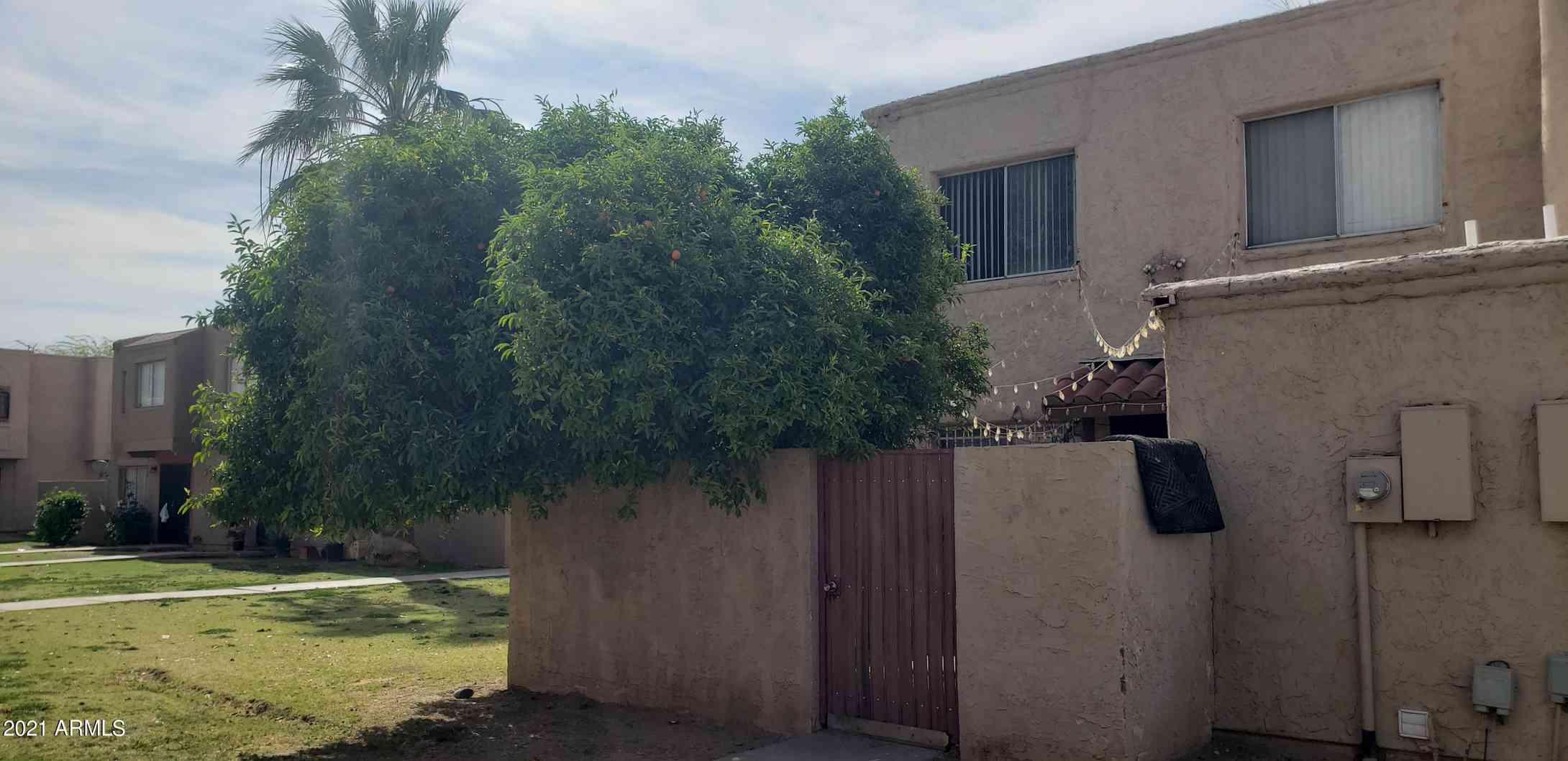 6852 W MONTEROSA Street, Phoenix, AZ, 85033,