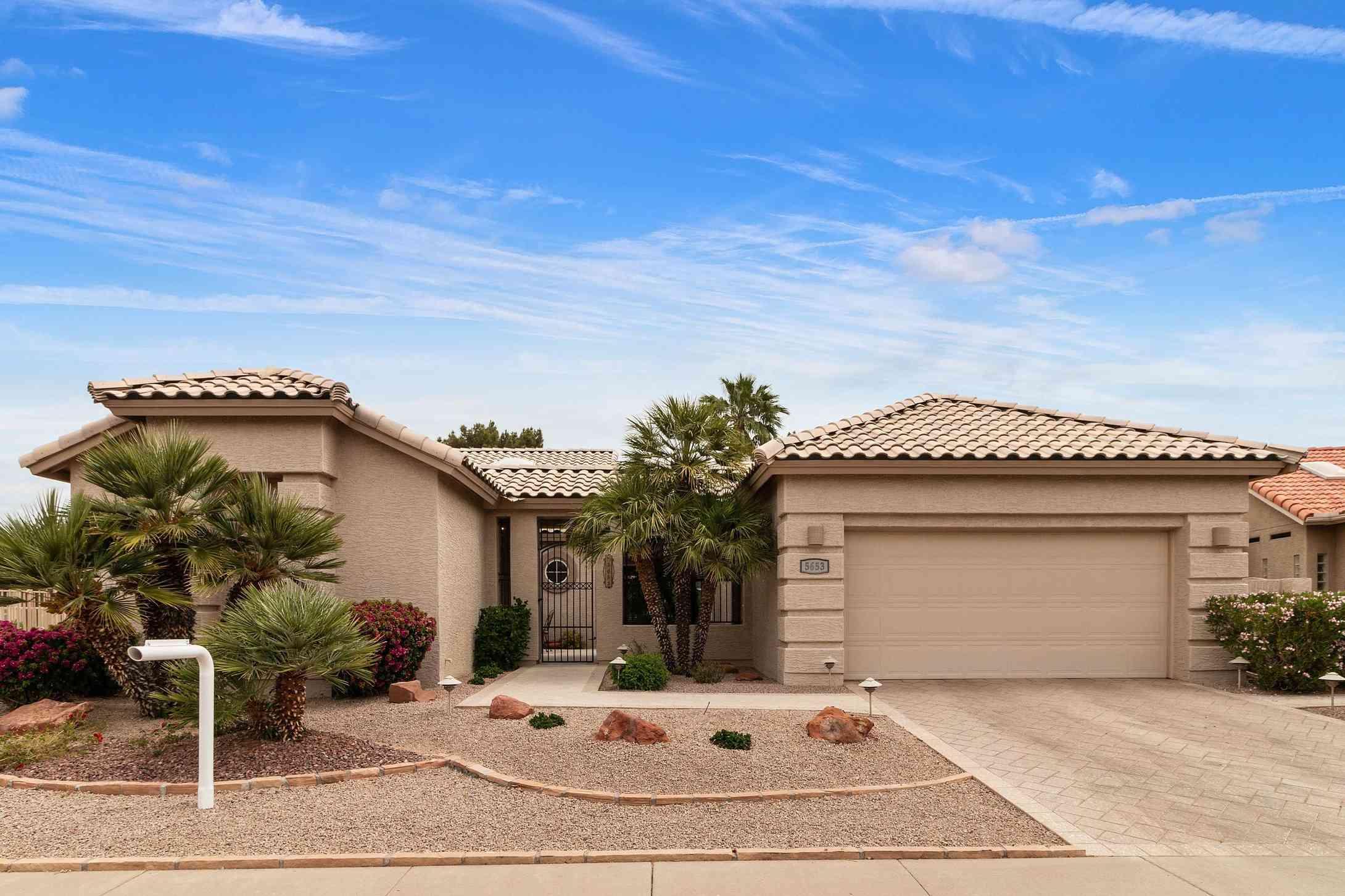 5653 S AMBERWOOD Drive, Chandler, AZ, 85248,
