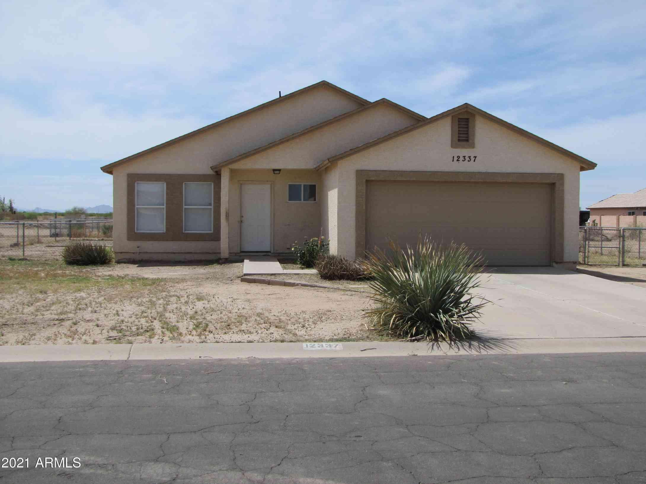 12337 W OBREGON Drive, Arizona City, AZ, 85123,