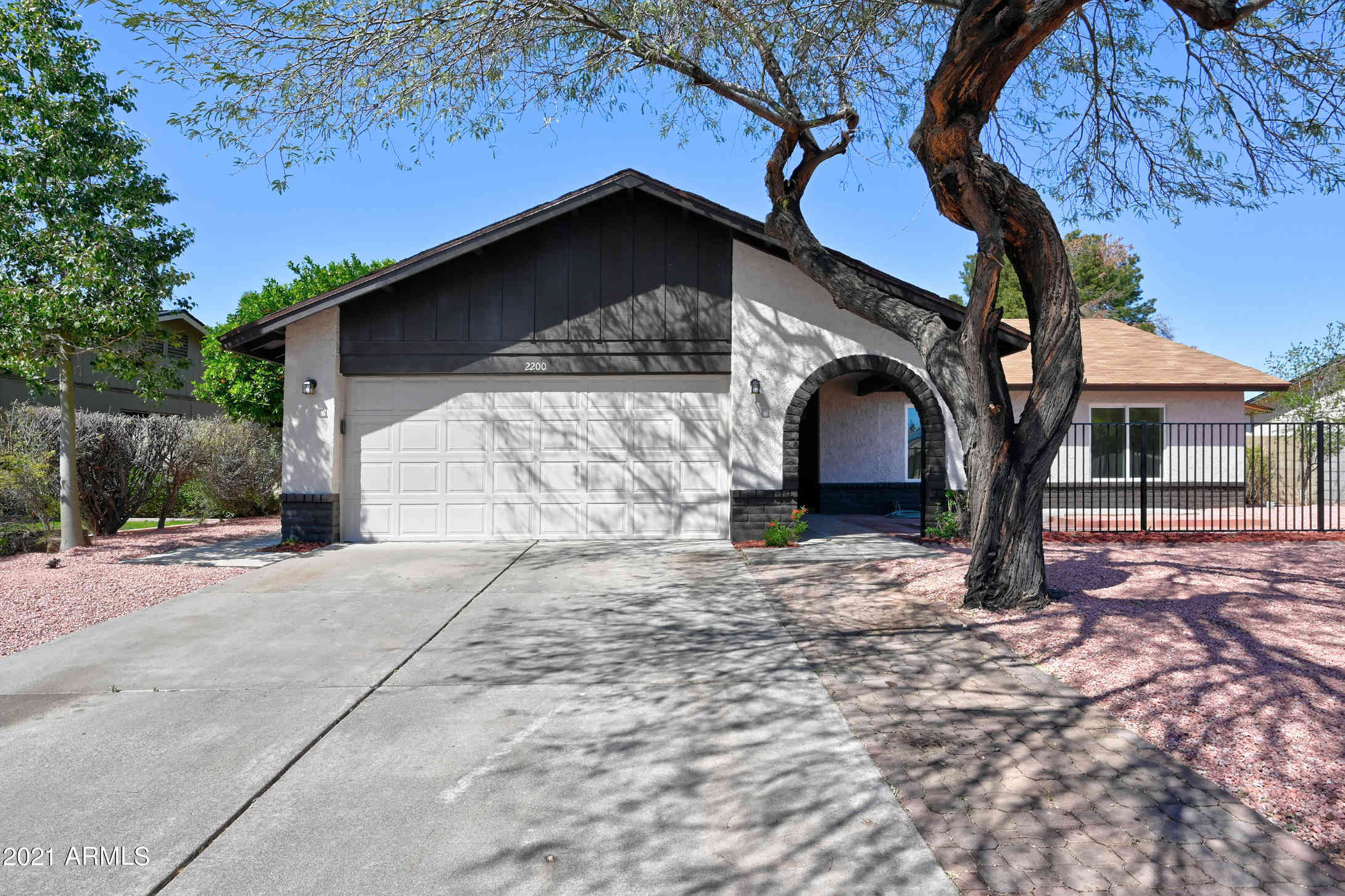 2200 W EL PRADO Road, Chandler, AZ, 85224,