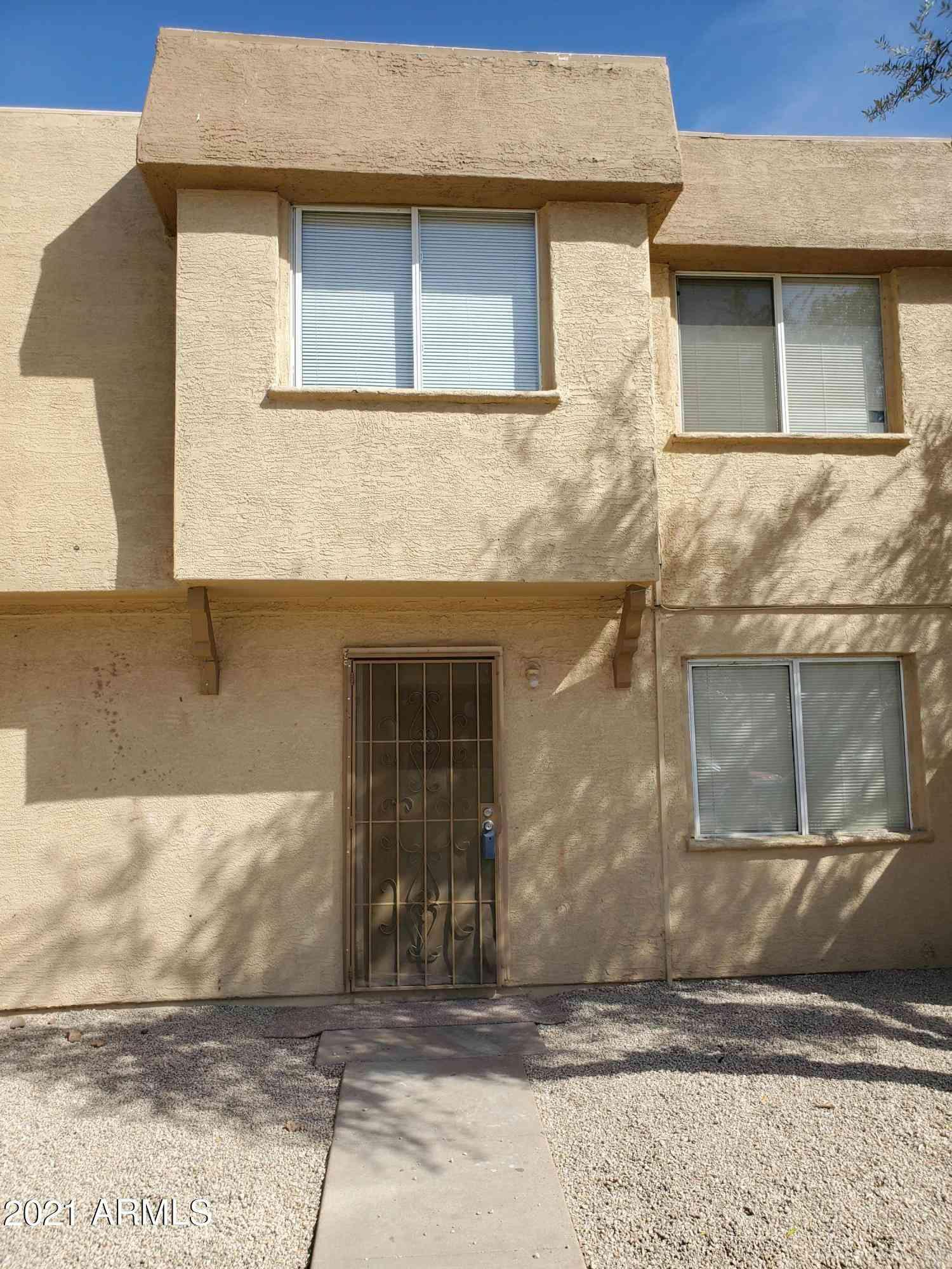 4627 E SOUTHGATE Avenue, Phoenix, AZ, 85040,