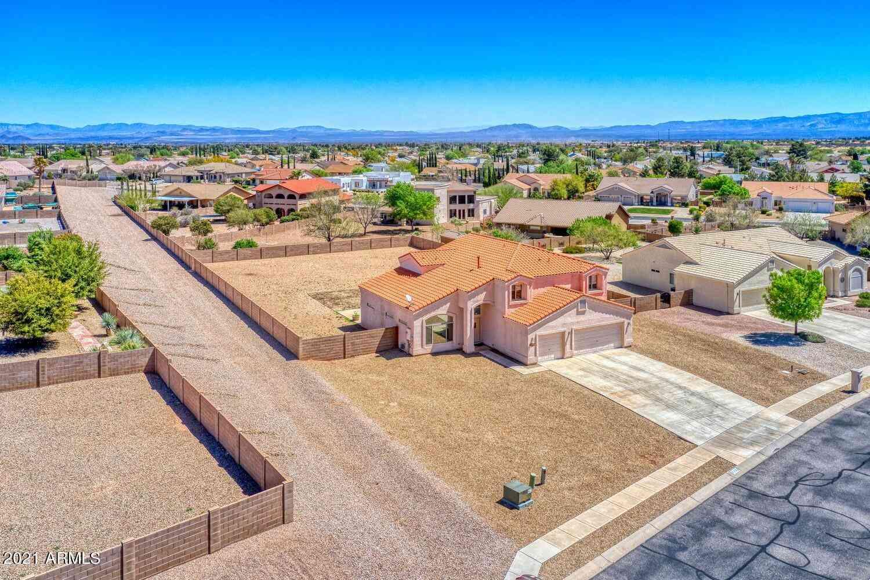 2333 CORTE VALENANA Street, Sierra Vista, AZ, 85650,