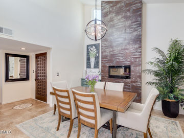 7702 E HOLLY Street, Scottsdale, AZ, 85257,