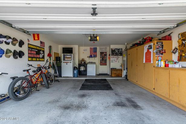 1353 E DANIELLA Drive