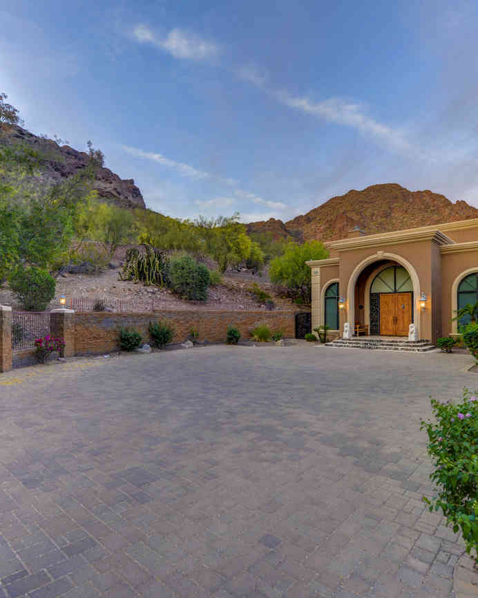 5221 N CLIFFSIDE Drive, Phoenix, AZ, 85018,