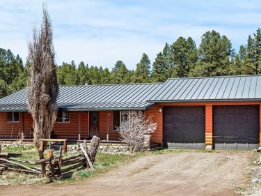 3156 HAPPY TRAILS Drive, Flagstaff, AZ, 86005,