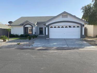 10235 W Medlock Drive, Glendale, AZ, 85307,