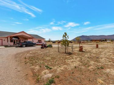 7350 ESPLIN Way, Flagstaff, AZ, 86004,