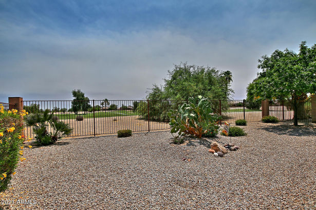 6661 S Four Peaks Place