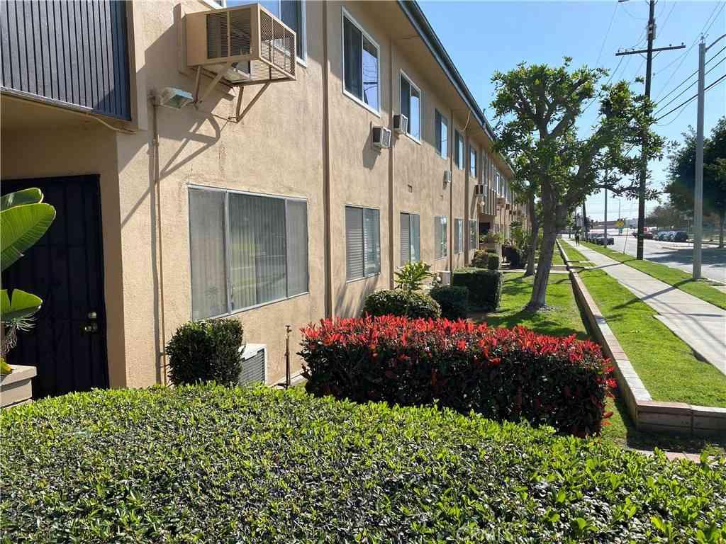3010 Vineland Avenue #3, Baldwin Park, CA, 91706,