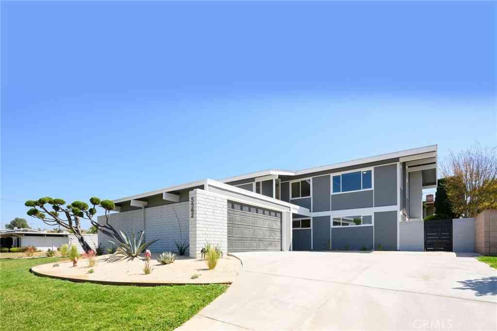 5562 Fox Hills Avenue, Buena Park, CA, 90621,