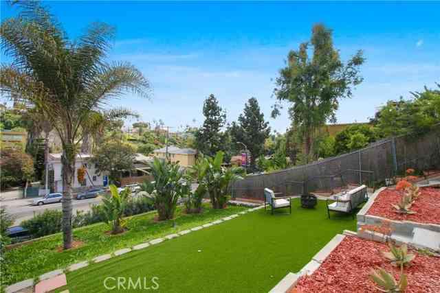 1405 Silver Lake Boulevard, Los Angeles, CA, 90026,