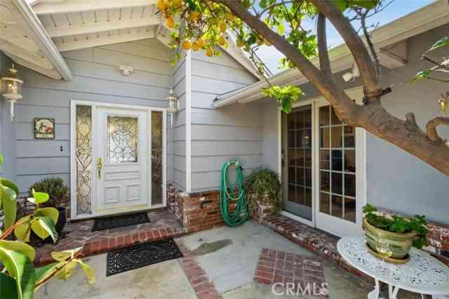 11682 Kensington Road, Los Alamitos, CA, 90720,