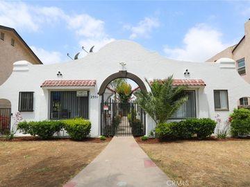 2351 Chestnut Avenue, Long Beach, CA, 90806,