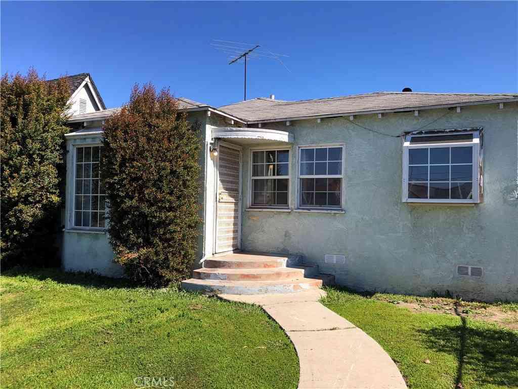 7842 Brighton Avenue, Los Angeles, CA, 90047,