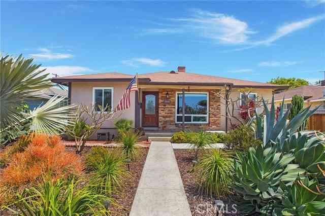 800 Hawthorne Avenue, Fullerton, CA, 92833,