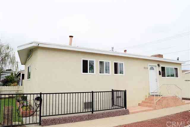 11524 Garfield Avenue, South Gate, CA, 90280,