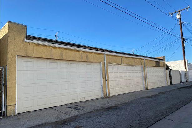 23508 Dolores Street