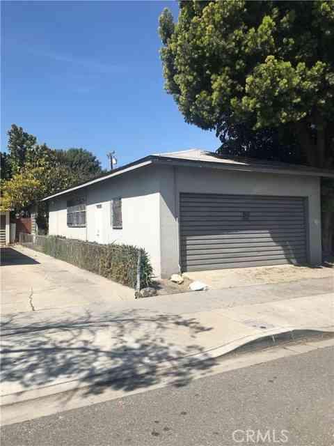 3041 Pacific Avenue, Long Beach, CA, 90806,