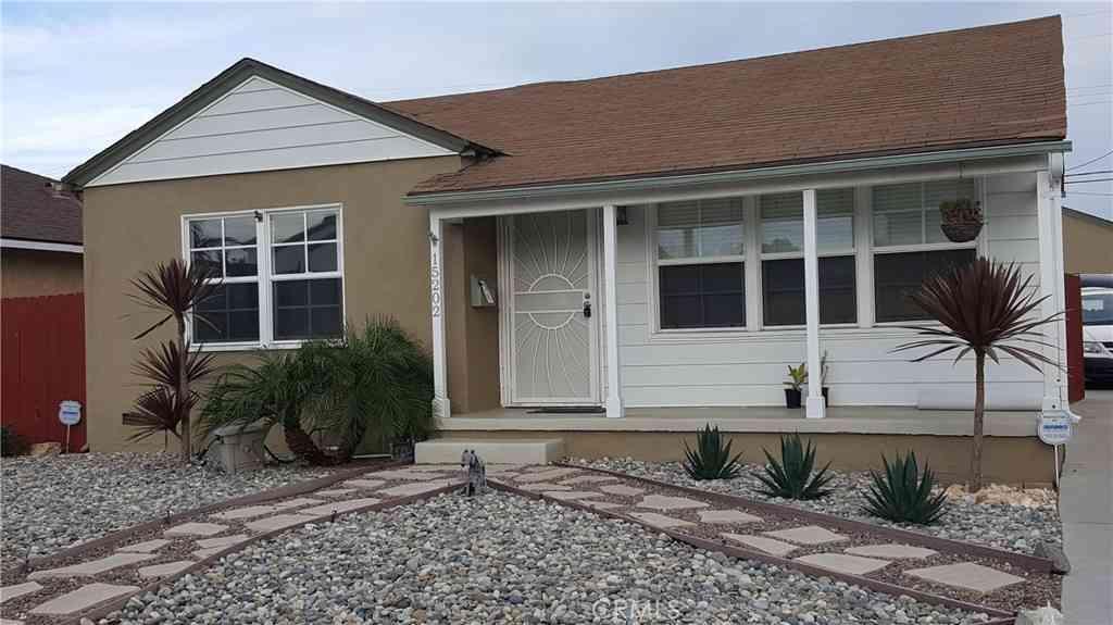 15202 Fonthill Avenue, Lawndale, CA, 90260,