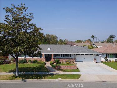 962 North Cleveland Street, Orange, CA, 92867,