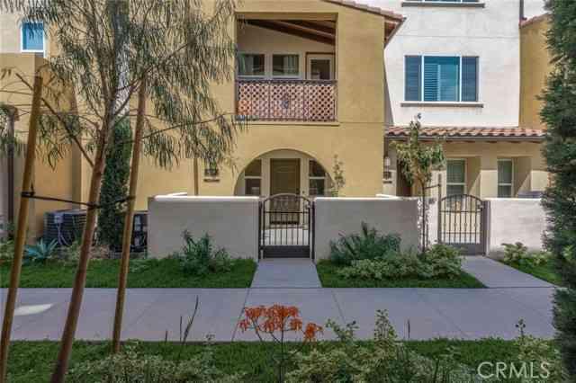 918 East Weaver Lane, Anaheim, CA, 92802,
