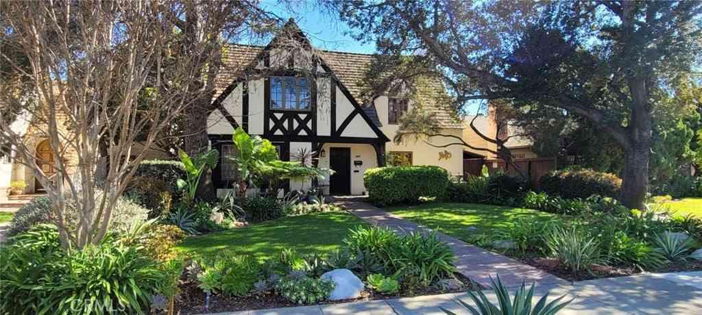 4122 Linden Avenue, Long Beach, CA, 90807,