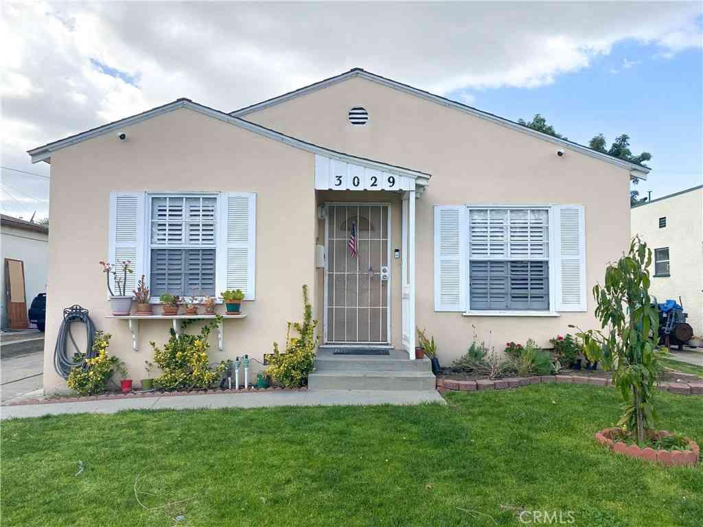 3029 Cedar Ave, Long Beach, CA, 90806,
