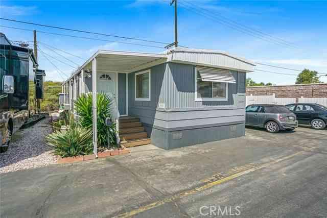 4921 Holly Avenue, Long Beach, CA, 90805,