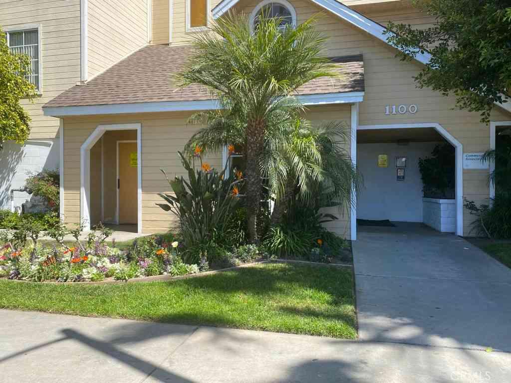 1100 Newport Avenue #302, Long Beach, CA, 90804,