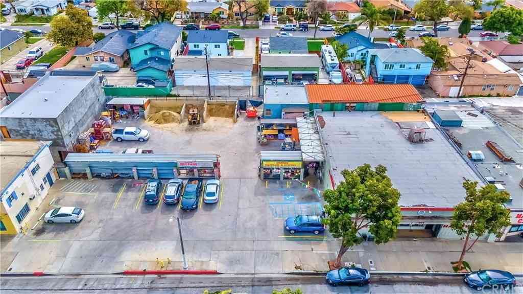 11144 Atlantic Avenue, Lynwood, CA, 90262,