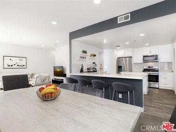 5350 White Oak Avenue #314, Los Angeles, CA, 91316,